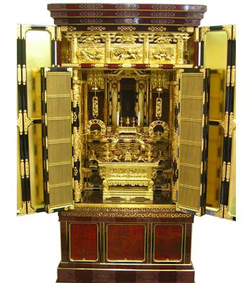 12月7日 金仏壇のクリーニング