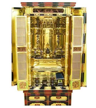 2月24日 金仏壇のクリーニング