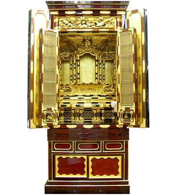 11月12日 金仏壇のクリーニング